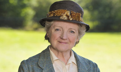 Miss-Marple-Julia-McKenzie-2